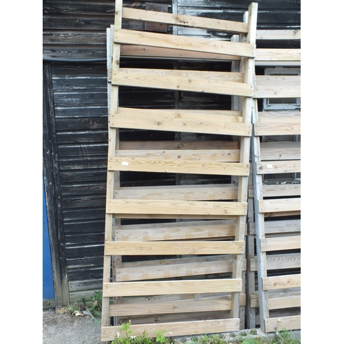 10a - Wood Ladder Panel x3...