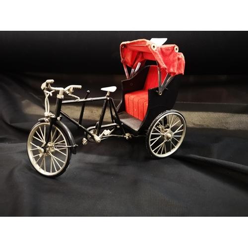 796 - Mechanical miniature bike fully working...