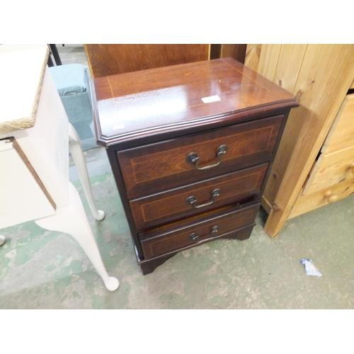 350 - Three drawer mahogany bedside cabinet...