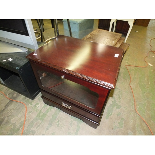 353 - Small TV DVD unit in good condition....