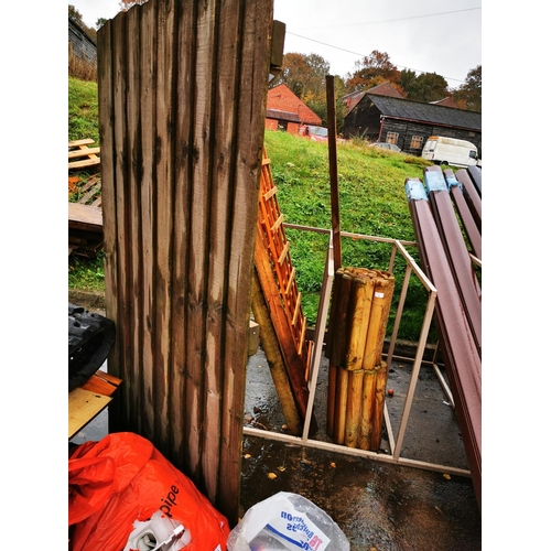 2 - Arched top ledge and brace gate approx 6' 6'' x 3'...