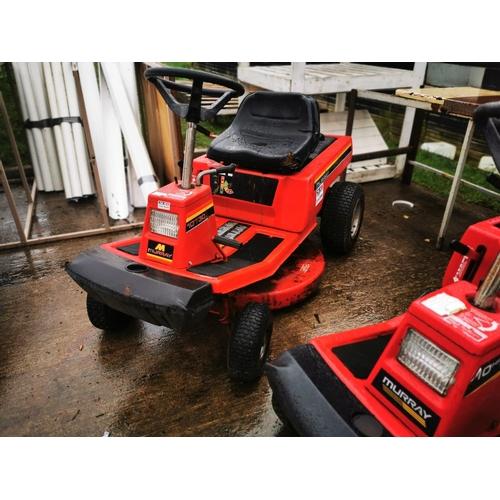 28 - Murray ride on mower. Good working order...