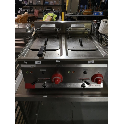 39 - 3 Phase industrial twin fryer 120 X 650mm...