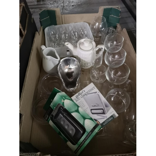 390 - Collection of misc including glasses, gravy boat etc....