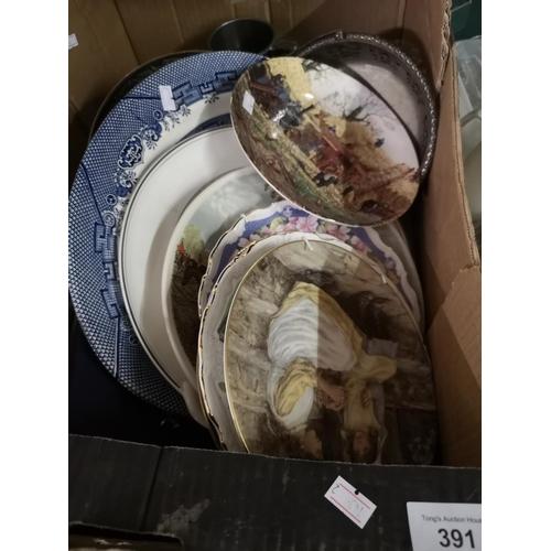 391 - Box of china incl plates...