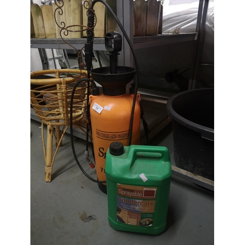 77 - 7 ltr garden pressure sprayer and 5l of brown sprayable timber care...