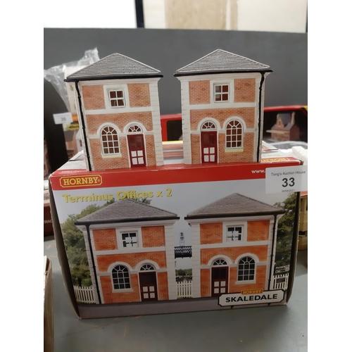 33 - Boxed Hornby OO Skaledale Terminus offices