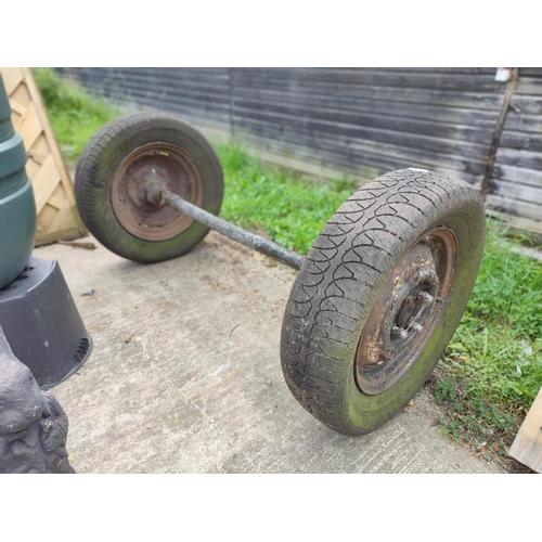 16 - Wheels on axle