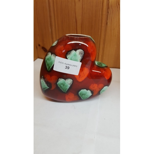 39 - ANITA HARRIS ART POTTERY VASE IN A LOVE HEART DESIGN...