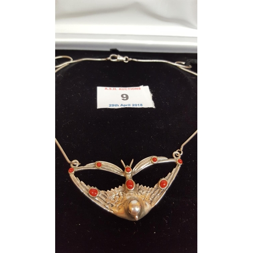 9 - SOLID SILVER (Hallmarked) DOVE AGATE STONE SET NECKLACE....