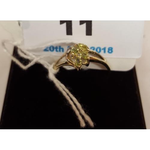 11 - 9ct GOLD MARQUIS NATURAL PERIDOT & DIAMOND STONE SET RING...