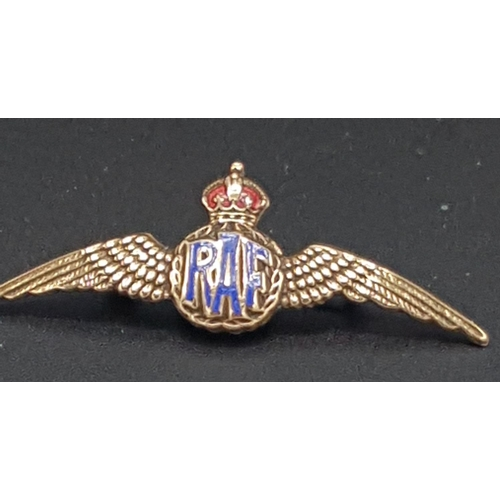 20 - GILT & ENAMELLED RAF SWEETHEART BROOCH With KINGS CROWN (Boxed)...