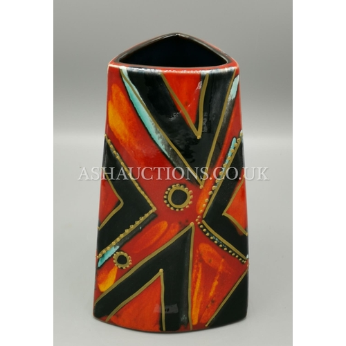 48 - ANITA HARRIS ART POTTERY 22 cm TRIANGULAR VASE Limited Edition 6 Only This One Being No 2...