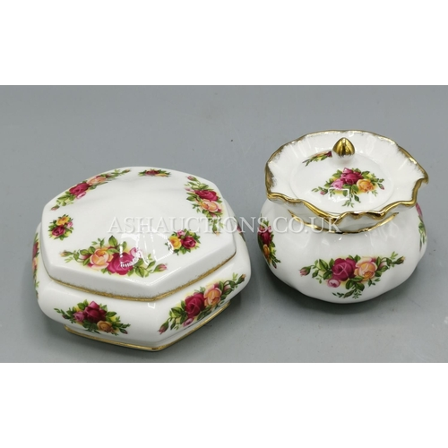 30A - ROYAL ALBERT CHINA TRINKET BOXES (2) IN THE OLD COUNTRY ROSES DESIGN...
