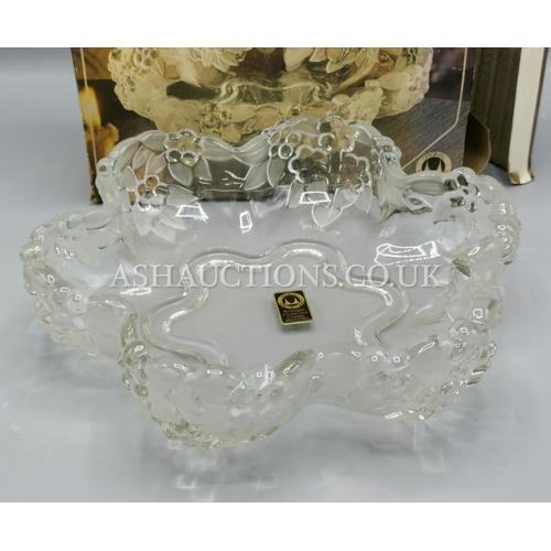 636 - CARMAN CRYSTAL GLASS FRUIT BOWL (OriginaL Box)...