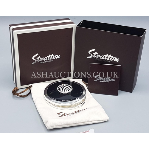 5F - STRATTON Large 70mm Dia LOOSE POWDER COMPACT IN THE ZEBRA DESIGN ST1116 From The HERITAGE COLLECTION...