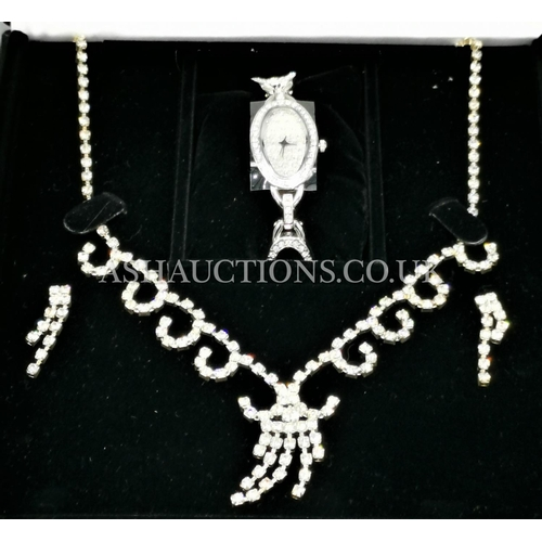 48 - HENLEY GLAMOUR WATCH & NECKLACE SET (Boxed)...