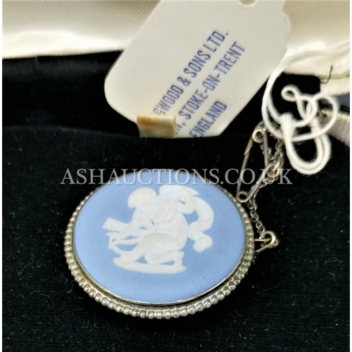 60D - PRESENTED AS A SILVER MOUNTED WEDGWOOD JASPER BROOCH With SAFETY CHAIN (Original Box)...