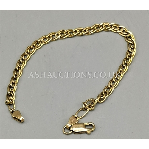 10A - PRESENTED AS A 9ct GOLD (375) 17.5cm INTERLINK BRACELET (Weight 2.5 Gram)...