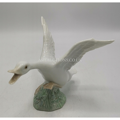 2 - LLADRO MODEL OF A GOOSE Model No 1265 (Please Note This LOT IS COLLECT ONLY !!!)...