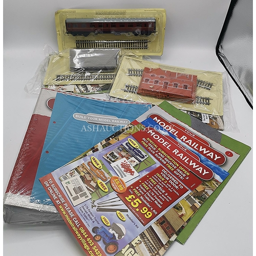 50 - BOX CONTAINING A Qty Of 00 GAUGE RAILWAY ACCESSORIES,BUILDINGS,CARRAGES,Etc...