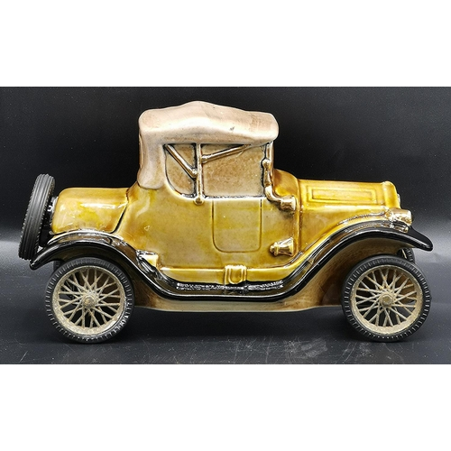 33 - LIQUOR DECANTER IN THE FORM OF A CADILLAC 1913 VINTAGE CAR...