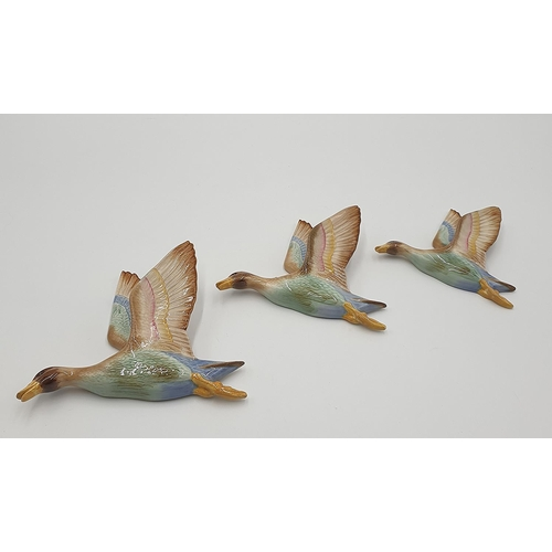 12 - CERAMIC SET OF THREE FLYING WALL GEESE (One With Head Re-Stuck) (Please Note This Lot Will NOT BE PA...