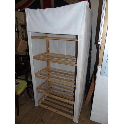 11A - A lightweight zip up storage unit....