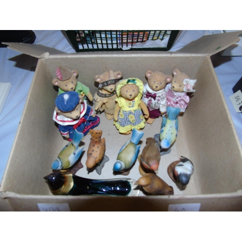 40 - A box of collectable figurines etc....