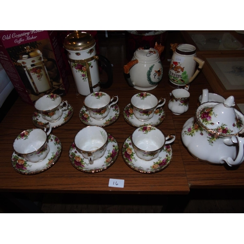 16 - A fifteen piece Royal Albert 'Old Country Roses' tea service....