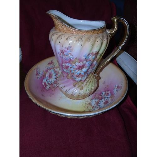 48 - An antique Crown Devon jug & bowl set. Bowl dia 40cm, Jug 33cm tall....