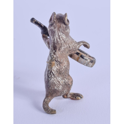 771 - A COLD PAINTED BRONZE MUSICIAN. 5 cm high....