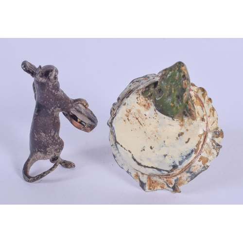 1055 - TWO CONTEMPORARY COLD PAINTED BRONZE FIGURES. Largest 5 cm high. (2)...