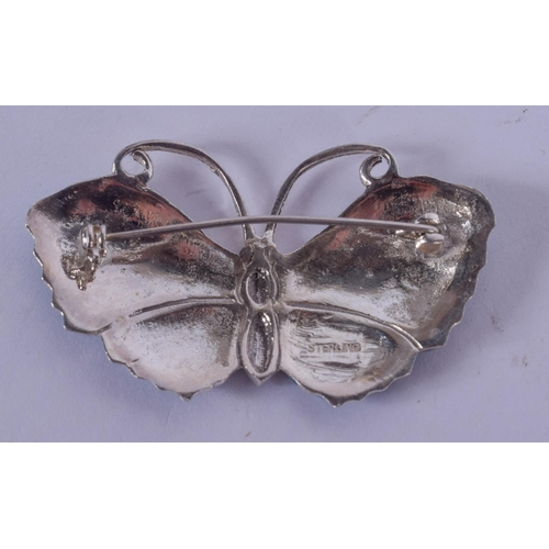 1216 - A SILVER AND ENAMEL BUTTERFLY BROOCH. 15 grams. 5.5 cm wide....