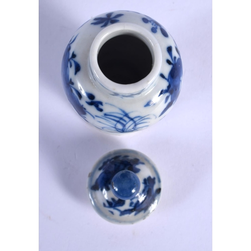 1793 - A 19TH CENTURY CHINESE BLUE  AND WHITE MINIATURE VASE AND COVER Qing. 9.5 cm high....