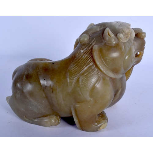 1824 - A LARGE EARLY 20TH CENTURY CHINESE CARVED JADE BEAST Late Qing. 15 cm x 11 cm....