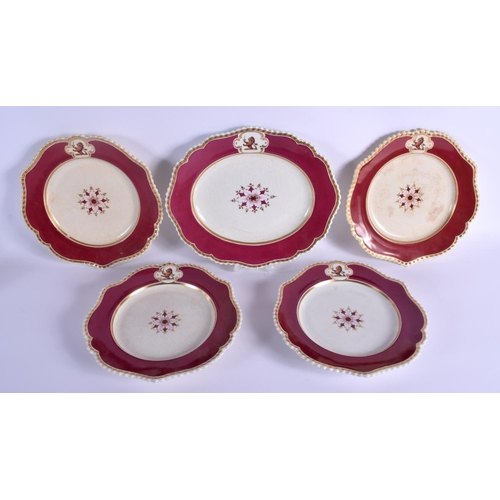 186 - Early 19th c. Chamberlain part armorial service, 1 platter and four plates....
