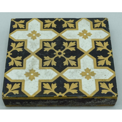 4061 - Four Victorian   Neo Gothic  tiles 15 x 15 cm (3)....