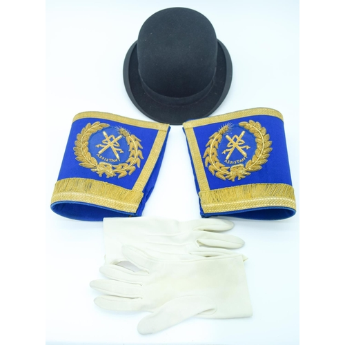 4103 - A  Pair of vintage Cuff Braids, gloves  and a bowler hat   (3) ....