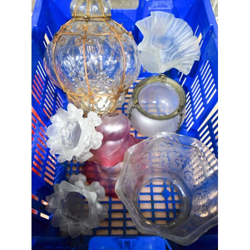 4149 - A collection of Vintage glass light fittings  (14)....