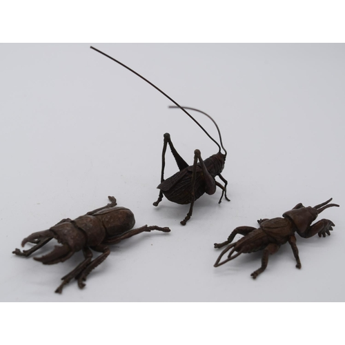 4259 - A Japanese small bronze group of insects 6cm (3)....