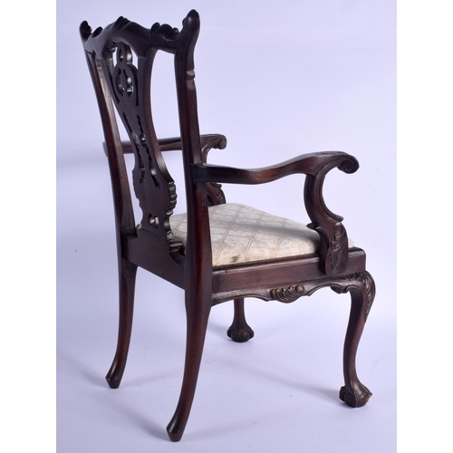 502 - A LOVELY EDWARDIAN MAHOGANY CHILDS DOLL CHAIR modelled in the George III style. 50 cm x 32 cm....