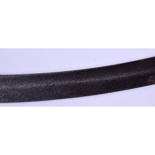 598 - A 19TH CENTURY EUROPEAN LEATHER AND CAST IRON HANDLED CURVING SWORD. 103 cm long....