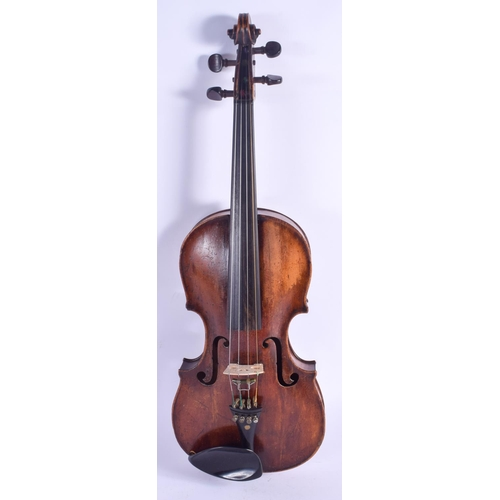 474 - A TWO PIECE BACK VIOLIN. 57 cm long....