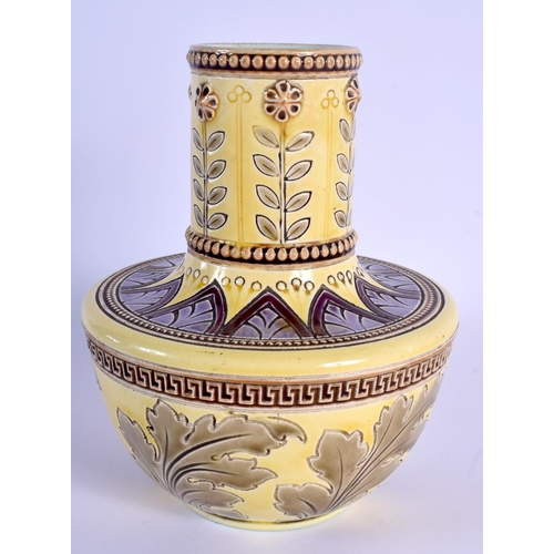 62 - AN UNUSUAL PAIR OF ART POTTERY PLATES together with a French Sarreguimes vase. Largest 19 cm wide. (...