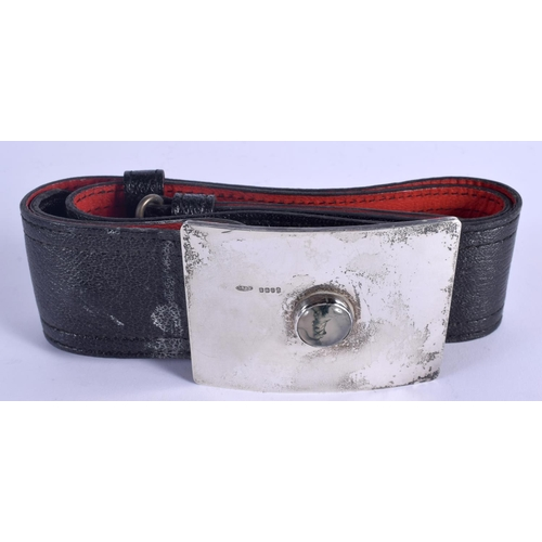 805 - A 1970S SCOTTISH SILVER MOSS AGATE AND LEATHER BELT. Edinburgh 1977. 276 grams overall. Buckle 9.5 c...