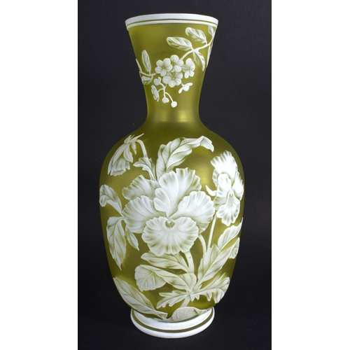 26 - A LATE 19TH CENTURY CAMEO GLASS ENAMELLED VASE Attributed to Thomas Webb, decorated with pansies. 21...