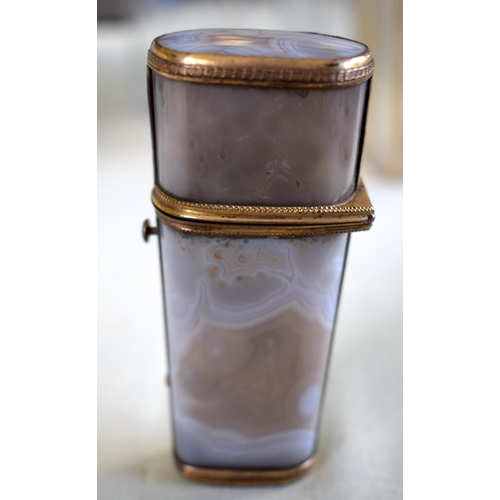 6 - A FINE 18TH CENTURY CONTINENTAL AGATE ETUI with yellow metal mounts and partial original contents, i...