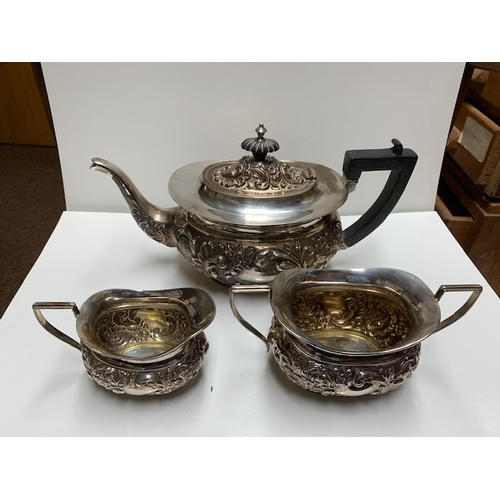 143 - George V 3-piece silver tea service, each piece oval with attractive fluted decorations and comprisi...