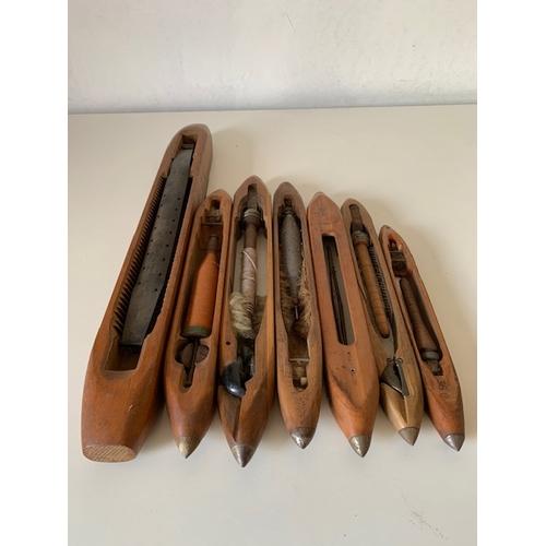 463 - 7 various Victorian wooden weaving boat shuttles 27